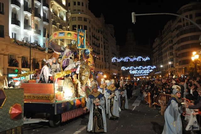 THE THREE WISE MEN'S PARADE